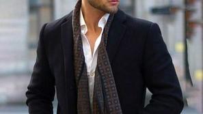 تفاصيل عليك الانتباه إليها لتُفرق بين الملابس الأصلية والمقلدة