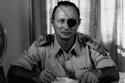 معلومات وصور عن وزير الدفاع الصهيوني موشيه ديان: أول من اعترف بالهزيمة