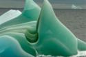 الجبال الجليدية الخضراء في قارة أنتاركتيكا 1