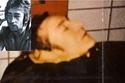 المغني جون لينون،