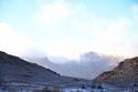 خطفت مناظر الثلوج البيضاء على مرتفعات «جبل اللوز»