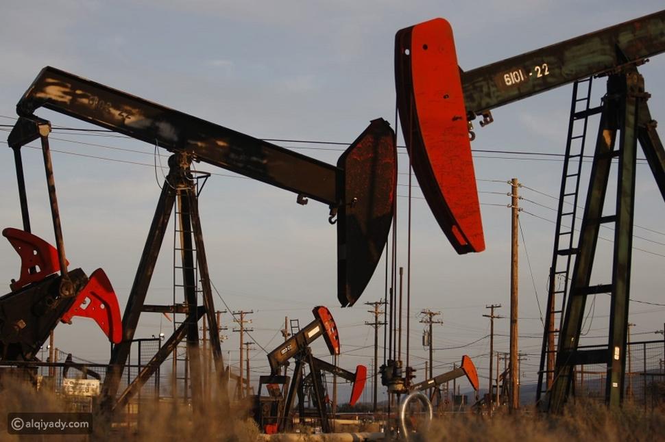 أسعار النفط تتراجع بسبب كورونا