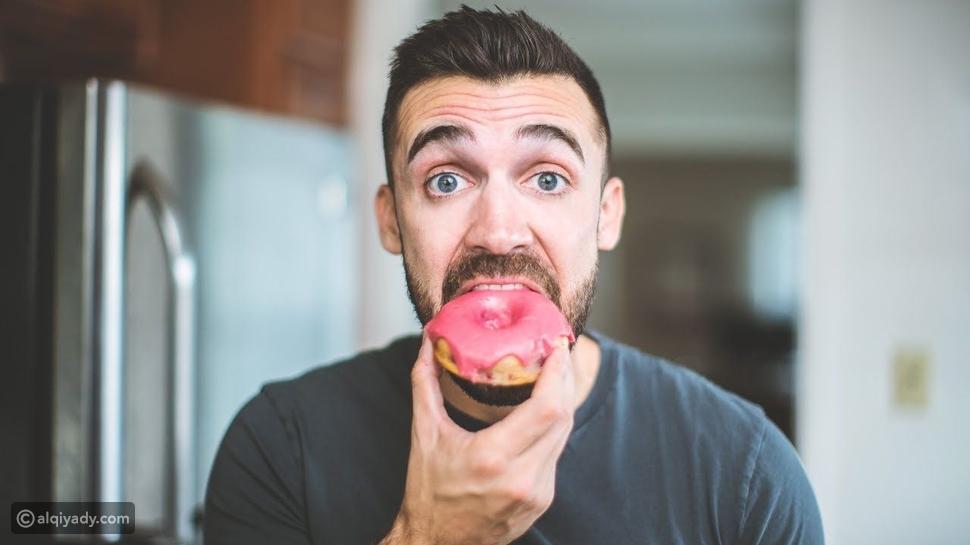 التخلص من الرغبة الشديدة في تناول السكر: 7 نصائح لاستخدامها الآن