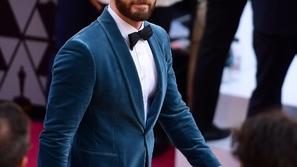صور: تألق بالبدلة المخملية على طريقة نجوم هوليوود في حفل أوسكار 2019