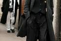 معطف تويد مع صدرية محبوكة وسروال رمادي واسع