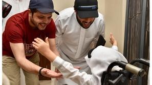صور وفيديو.. محمد هنيدي يُحقق حلم طفل سعودي.. ما علاقة تركي آل الشيخ؟