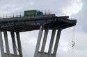 تفكيك جسر الموت في إيطاليا 2