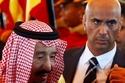 اللواء عبدالعزيز الفغم مع الملك سلمان بن عبدالعزيز