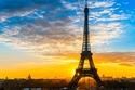 في عام 1884، أقامت الحكومة الفرنسية مسابقة لتصميم نصب تذكاري،