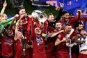 صور: هواتف آيفون من الذهب الخالص هدايا للاعبي ليفربول