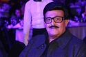 الفنان سمير غانم، أحرجته زوجته الفنانة دلال عبد العزيز خلال مداخلة