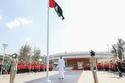 صور وفيديو: الشيخ محمد بن راشد يرفع علم الإمارات في دار الاتحاد