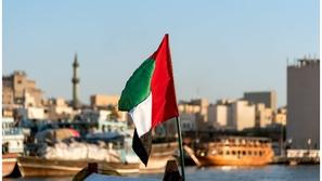 أبرز ما قدمه حكام الإمارات لبلدهم بمناسبة اليوم الوطني الـ 48