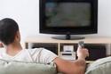 الأشخاص الذين يشاهدون التليفزيون طويلًا