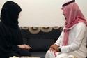 سعودية ترفع دعوى خلع من زوجها بسبب كرمه مع الآخرين