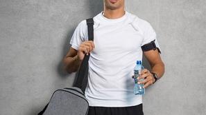 مثالية للجيم: تشكيلة مميزة من أرقى الحقائب الرياضية الرجالية