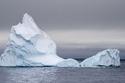 إماراتي يسعى لنقل جبل جليدي من القطب الجنوبي إلى بلاده.. ما السبب؟