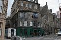 """مقهى """"بيت الفيل""""في إدنبرة"""