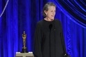 فرانسيس ماكدورماند Frances McDormand تفوز بالأوسكار لفئة أفضل ممثلة.
