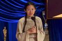 كلوي تشاو تفوز بجائزة الأوسكار لفئة أفضل إخراج عن فيلم Nomadland.