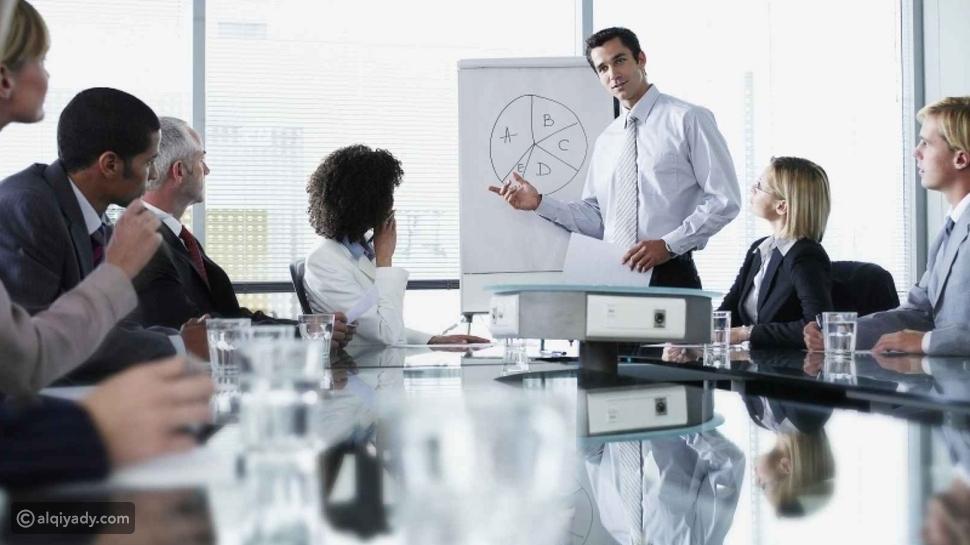 12 سلوكاً في مكان العمل يتسبب في تقدمك في السن عشر سنوات