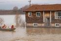 الفيضانات تضرب كندا 2