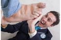 صور: ألماني يدخل موسوعة غينيس كصاحب أكبر مقاس حذاء عالميًا
