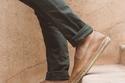 أحذية قماشية للرجال خفيفة الوزن مثالية لفصل الصيف