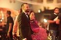 المخرج عمرو سلامة حرص على اصطحاب والدته