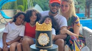 صور: كيف قضى المشاهير العرب عيد الفطر؟