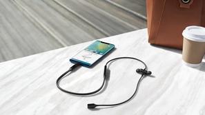 هواوي تقدم السماعات اللاسلكية المتطورة HUAWEI FreeLace