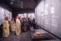 ولي العهد السعودي خلال زيارته لمتحف هيروشيما التذكاري للسلام