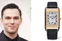 نيكولاس هولت ارتدى ساعة Jaeger-LeCoultre Classic Large Duoface،