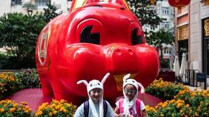 صور: احتفالات حول العالم برأس السنة الصينية الجديدة