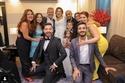 أسما شريف منير مع زوجها وابنتها والعائلة والأصدقاء بعد عقد القران