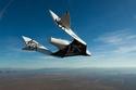 1- السفر للفضاء بالطائرات سيبدأ عام 2018. شركة Blue Origin  للصواريخ المملوكة لمؤسس أمازون ديف بيزوس - شركة Virgin Galactic المملوكة لريتشارد برانسون.