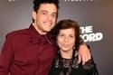 رامي مالك مع والدته نيللي مالك