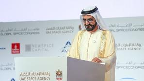 محمد بن راشد يعلن عن أول قمر صناعي بجهود العلماء العرب