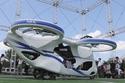 سيارة يابانية طائرة تحلق بنجاح خلال اختبار 1
