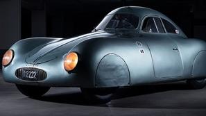 أقدم سيارة بورش معروضة للبيع مقابل مبلغ خرافي