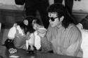 مايكل جاكسون وحيوانه المفضل الشامبنزي