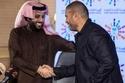 المطرب عمرو دياب اجتمع مع المستشار تركي آل الشيخ