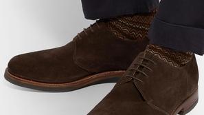 لن تقع في الحيرة مجددًا: أحذية رجالية ستُكمل أناقتك في العمل