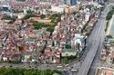 منظر لمدينة هانوي من نافذة فندق في فيتنام