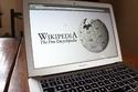 يجتذب ويكيبيديا حوالي 374 مليون زائر شهريا