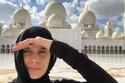 صور: شاهدوا زوجات لاعبي ريال مدريد بالزي الإماراتي