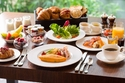 كيف يساعد الفطور المبكر في الحماية من مخاطر السكري والسمنة؟