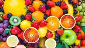 أطعمة صحية يمكنك تناولها بين الإفطار والسحور دون أن تخشى زيادة وزنك