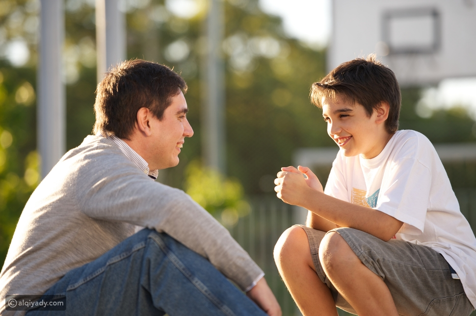 لخلق ثقافة الحوار: 5 طرق لإنشاء منزل آمن للمحادثات الصعبة