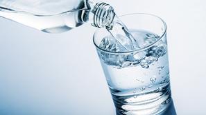 تحذيرات من شرب المياه بكثرة في السحور.. هذه هي الأضرار